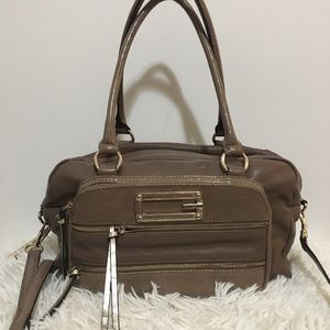 💯 Authentic Guess two way bag